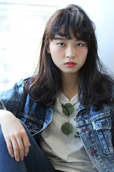 黒髪×シースルーバング