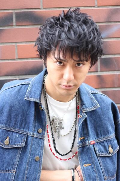 【BAMBINI】黒髪束感ショート